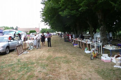 la-brocante-a-crucheray-2015