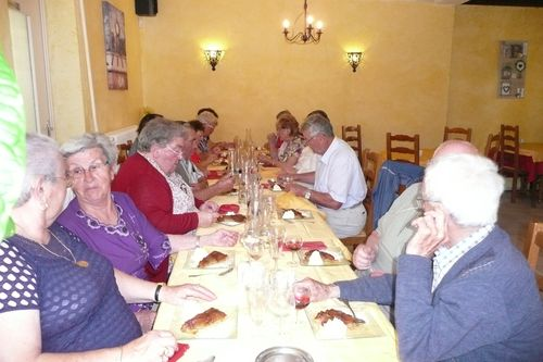 repas-du-club-crucheray-2015